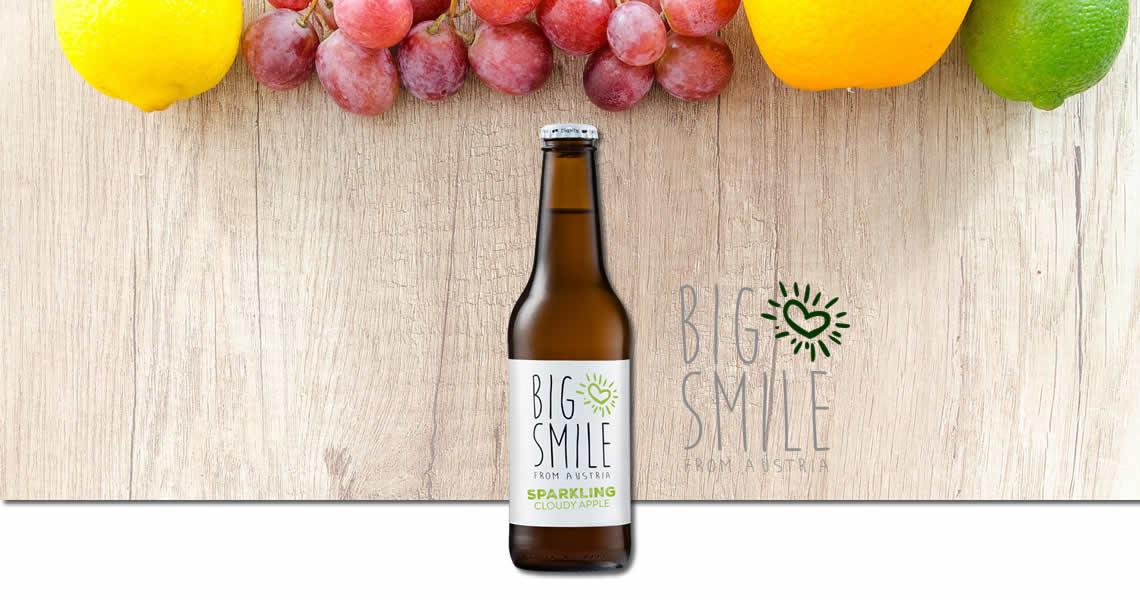 大微笑氣泡蘋果果汁